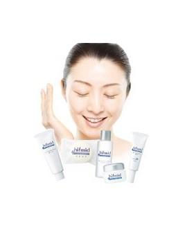 Hifmid Kobayashi Pharma - косметика для проблемной кожи